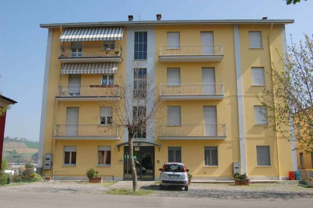 Appartamento in ottime condizioni in vendita Rif. 4378408