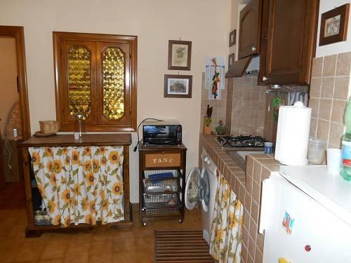 Appartamento in buone condizioni parzialmente arredato in vendita Rif. 4831955