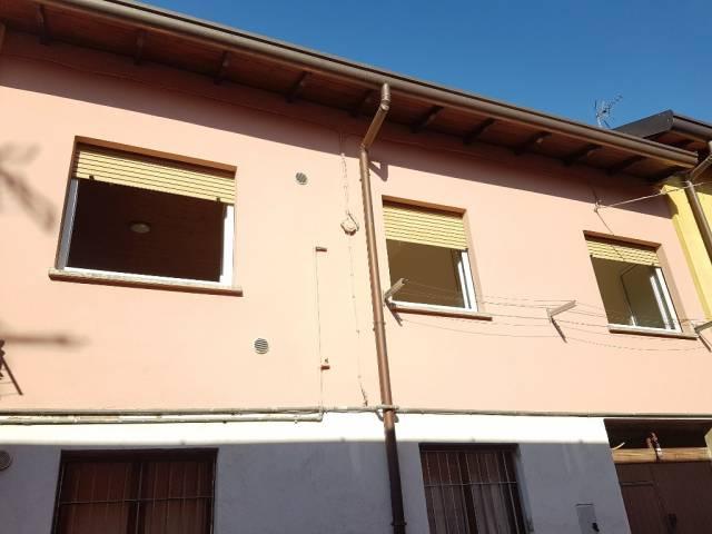Appartamento in vendita a Cermenate, 3 locali, prezzo € 64.000 | Cambio Casa.it
