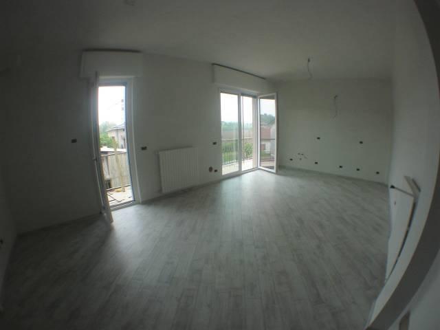Appartamento in Vendita a Lentate Sul Seveso: 2 locali, 70 mq