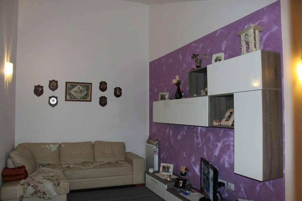 Appartamento in ottime condizioni parzialmente arredato in vendita Rif. 6969910