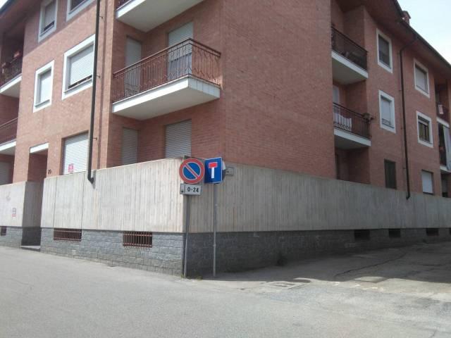 Appartamento in buone condizioni in vendita Rif. 4999024