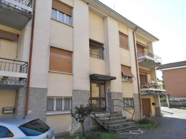 Appartamento in vendita a Germignaga, 3 locali, prezzo € 105.000 | Cambio Casa.it
