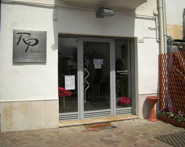 Negozio / Locale in vendita a Minturno, 1 locali, prezzo € 80.000 | Cambio Casa.it
