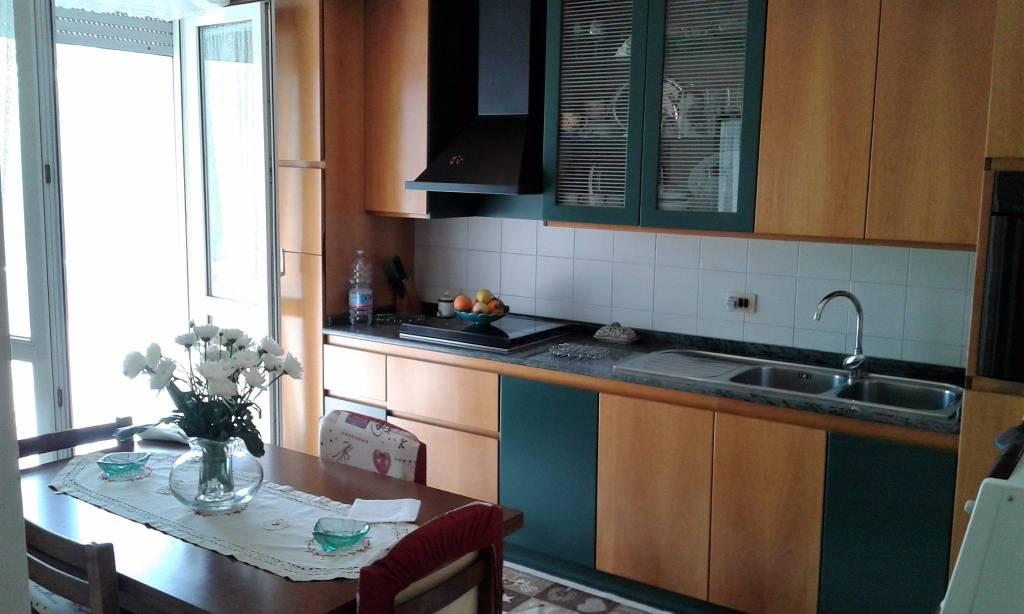 Appartamento in ottime condizioni in vendita Rif. 8547244