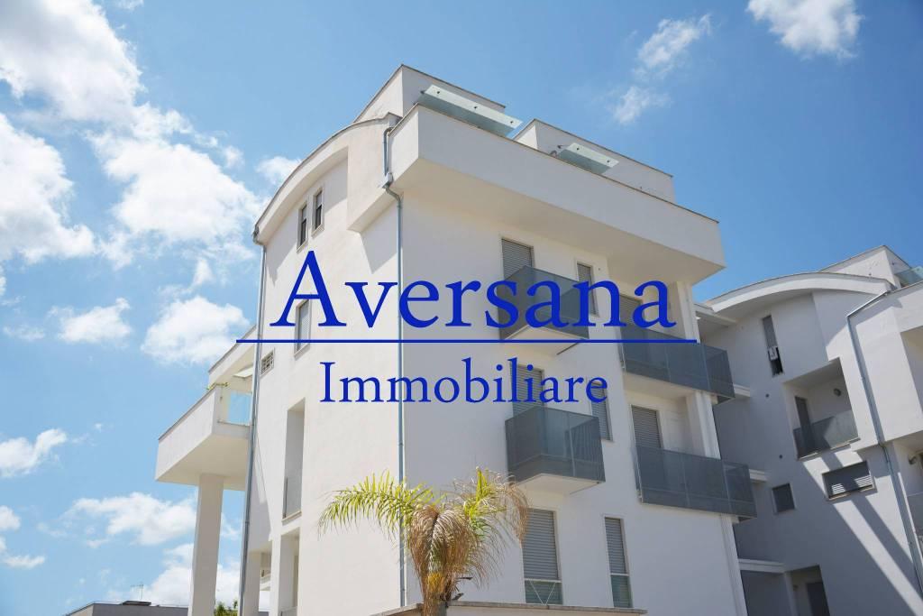 Appartamento in ottime condizioni in vendita Rif. 5204514