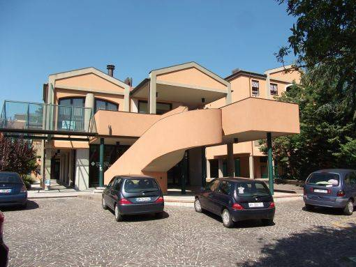 Attività / Licenza in affitto a Castel San Pietro Terme, 1 locali, prezzo € 160 | CambioCasa.it