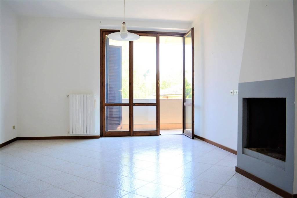 Appartamento trilocale in vendita a Vimercate (MB)