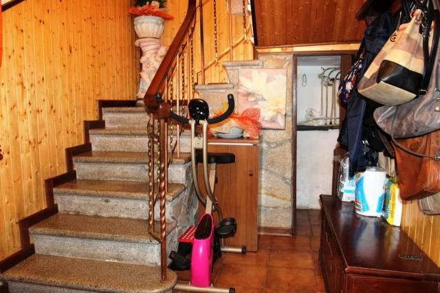 Soluzione Indipendente in vendita a Capannori, 4 locali, prezzo € 180.000 | Cambio Casa.it