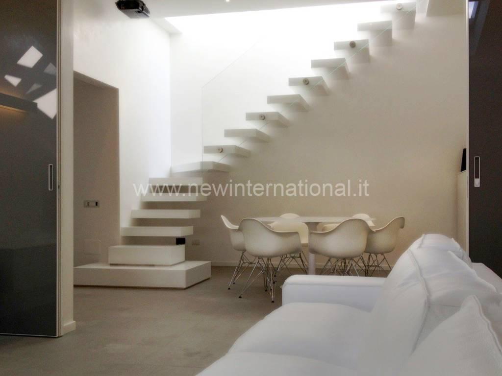 Attico / Mansarda in vendita a Forte dei Marmi, 3 locali, prezzo € 1.500.000 | PortaleAgenzieImmobiliari.it