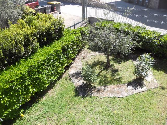 Villa in vendita a Trevi, 5 locali, prezzo € 380.000 | Cambio Casa.it