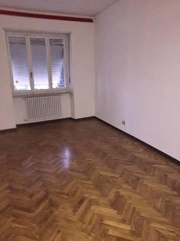 Appartamento in affitto a Torre Pellice, 5 locali, prezzo € 300 | Cambio Casa.it