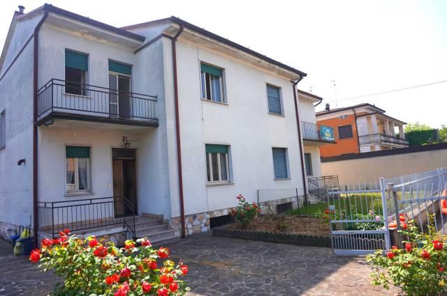 Villa in Vendita a Bagnolo Mella