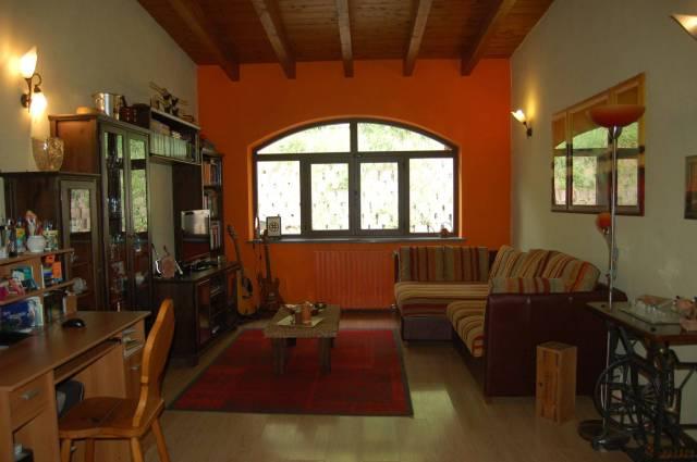 Soluzione Indipendente in vendita a Asti, 5 locali, prezzo € 110.000 | Cambio Casa.it
