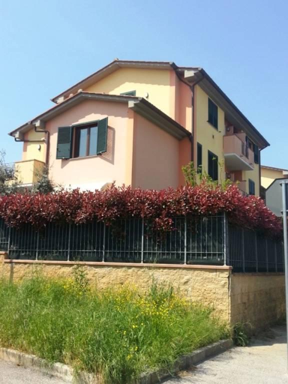 Appartamento da ristrutturare in vendita Rif. 9286641