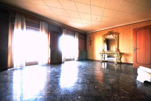 Appartamento in Vendita a Gravina Di Catania Semicentro: 5 locali, 180 mq
