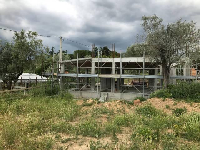Villa 5 locali in vendita a Fara in Sabina (RI)