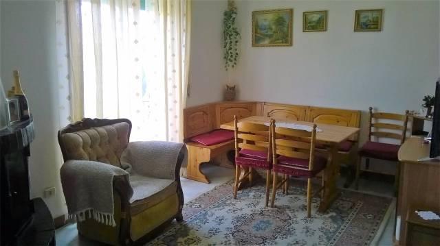 Appartamento in ottime condizioni in vendita Rif. 4391830