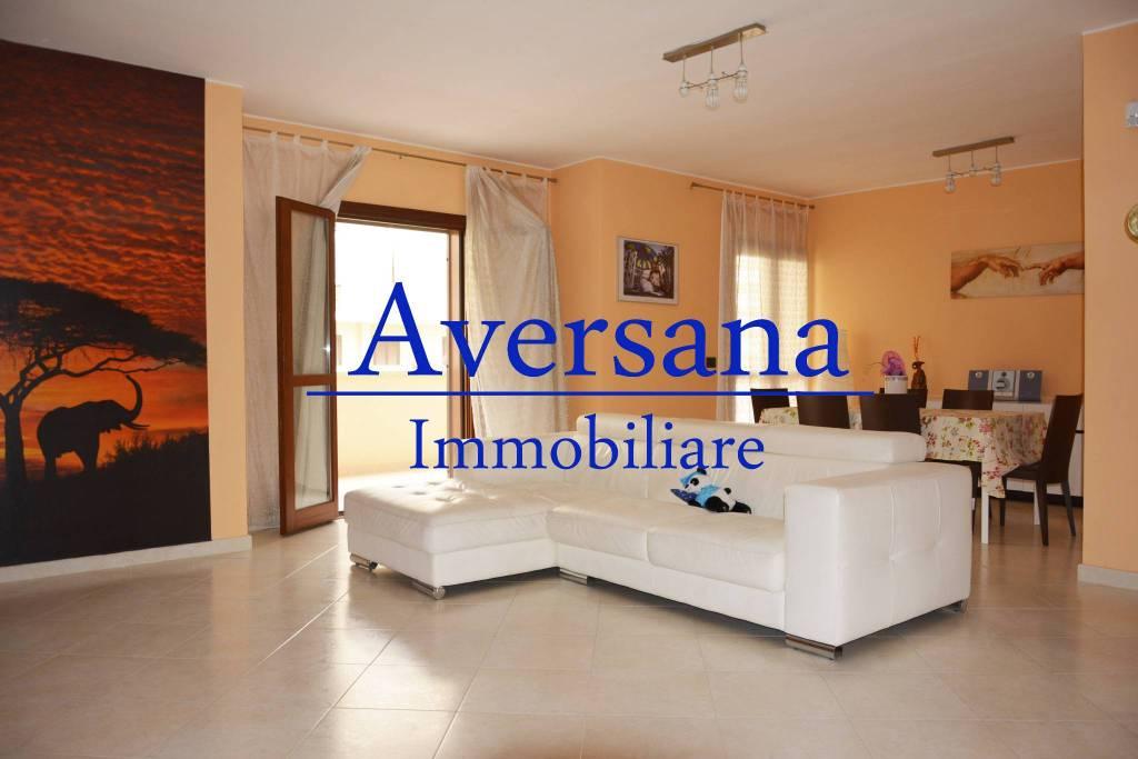 Appartamento in ottime condizioni in vendita Rif. 5204517
