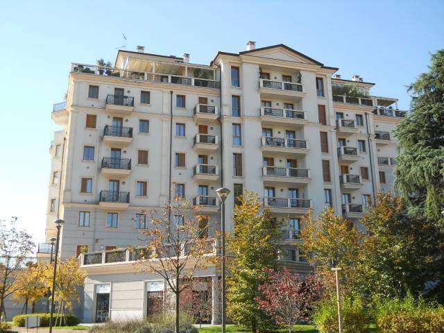Appartamento in affitto a Saronno, 3 locali, prezzo € 750 | Cambio Casa.it