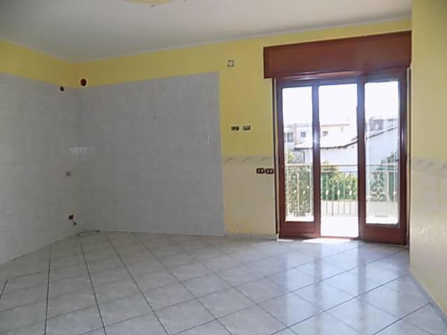 Appartamento in affitto a Qualiano, 2 locali, prezzo € 350 | Cambio Casa.it