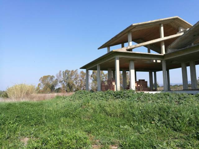 Villa in vendita a Ladispoli, 6 locali, prezzo € 169.000 | Cambio Casa.it