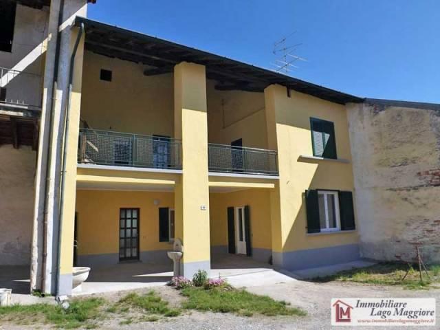Appartamento in affitto a Angera, 3 locali, prezzo € 450 | Cambio Casa.it