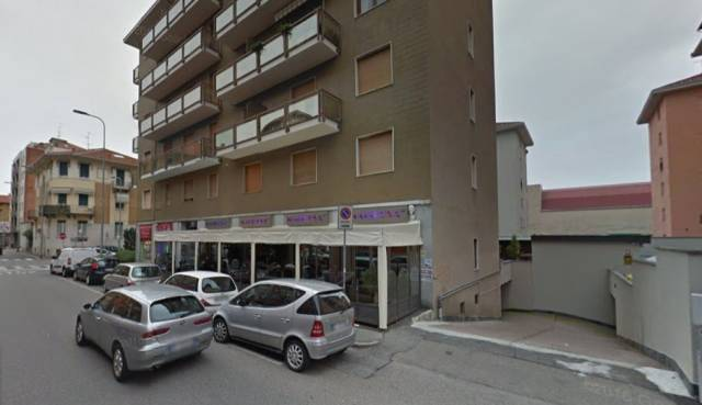 Box / Garage in Vendita a Biella