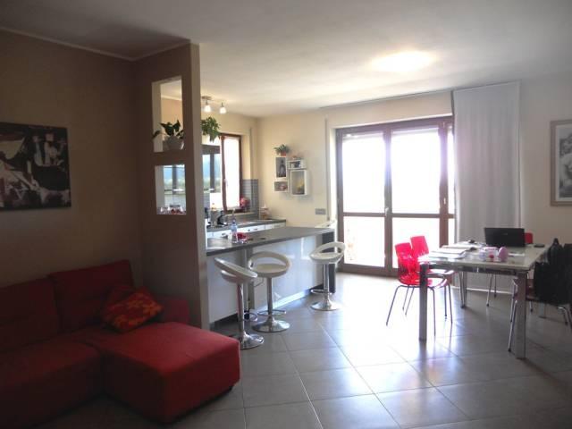 Appartamento in vendita a Trevi, 3 locali, prezzo € 145.000 | Cambio Casa.it