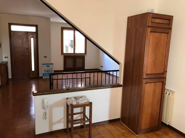 Casa Indipendente in buone condizioni in vendita Rif. 5059742