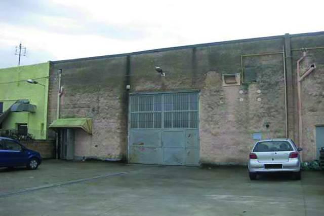 Capannone in vendita a Rondissone, 6 locali, prezzo € 60.000 | Cambio Casa.it