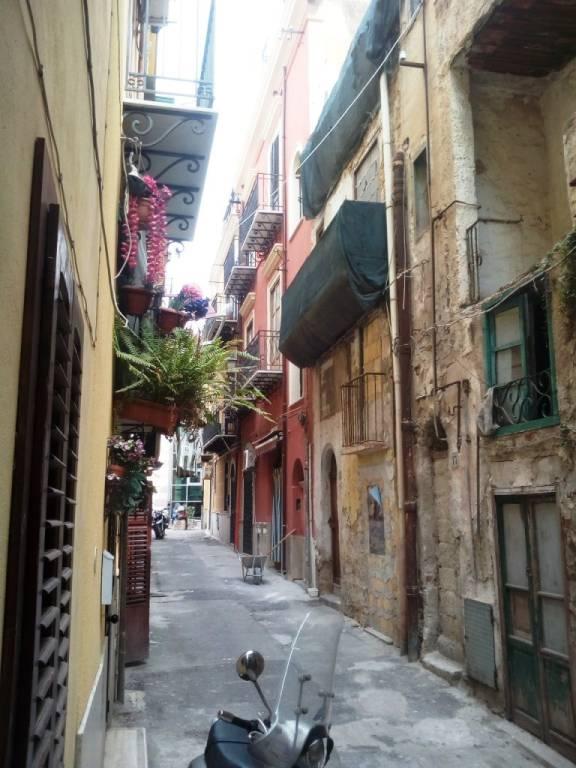 Appartamento in Affitto a Palermo Centro: 1 locali, 25 mq