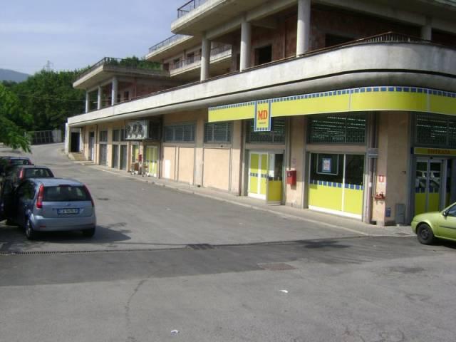 Cerccano (Fr) Locale commerciale
