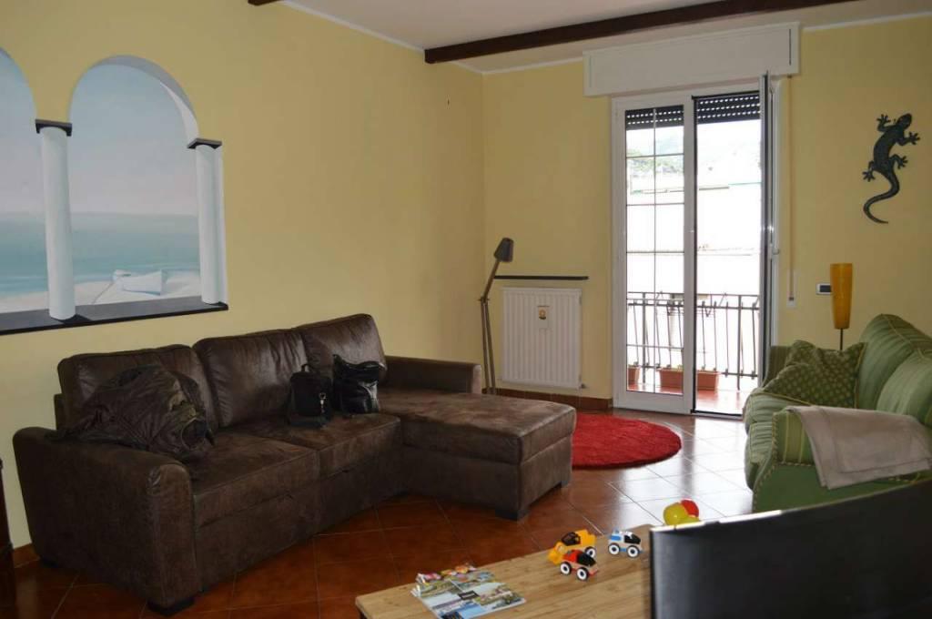 Appartamento in ottime condizioni arredato in affitto Rif. 8607164