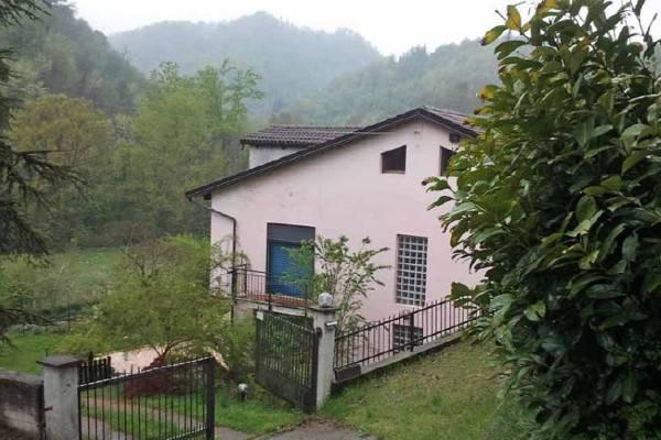 Villa in Vendita a San Sebastiano da Po