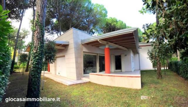 Villa in vendita a Lignano Sabbiadoro, 3 locali, prezzo € 637.000 | Cambio Casa.it