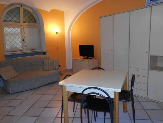 Appartamento in affitto a Alba, 1 locali, prezzo € 360 | Cambio Casa.it