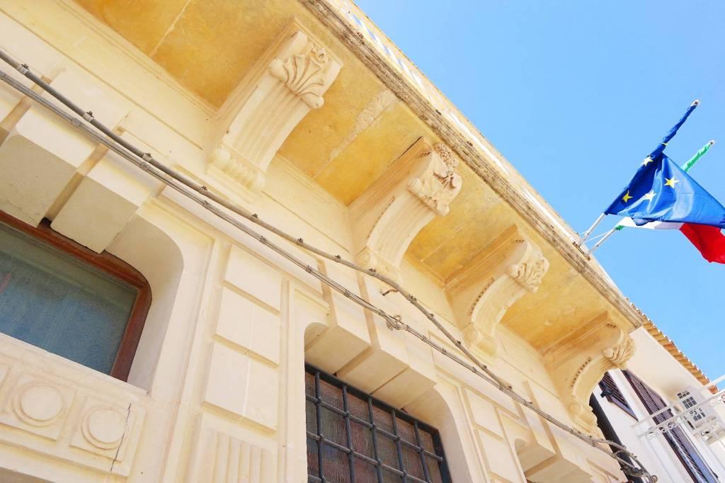 Stabile / Palazzo in ottime condizioni in vendita Rif. 9174828