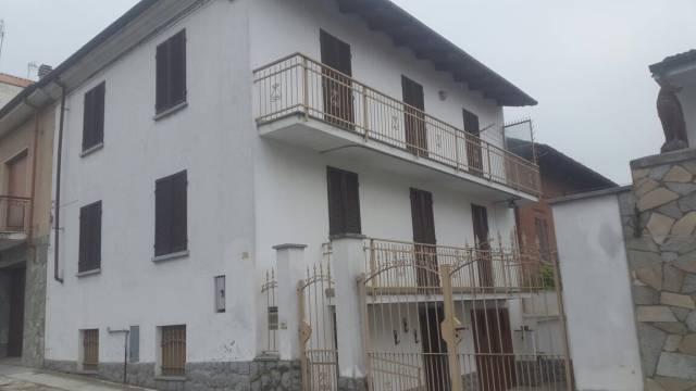 Soluzione Indipendente in vendita a San Damiano d'Asti, 6 locali, prezzo € 160.000 | Cambio Casa.it