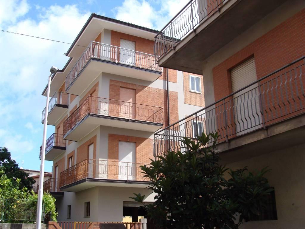Appartamento in vendita Rif. 9291992