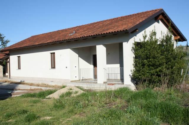 Rustico / Casale in affitto a Castagnole delle Lanze, 3 locali, prezzo € 400 | Cambio Casa.it
