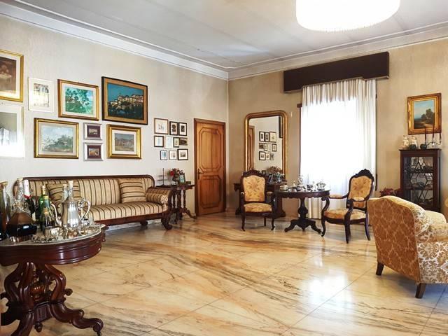 Appartamento 6 locali in vendita a Minturno (LT)