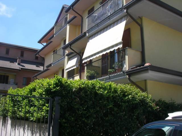 Appartamento in affitto a Seveso, 2 locali, prezzo € 560 | Cambio Casa.it