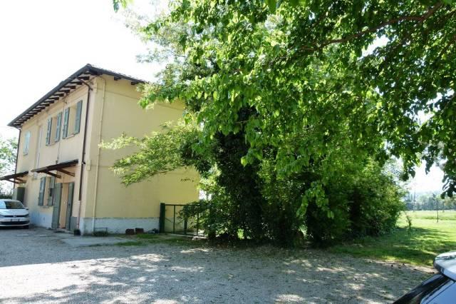 Appartamento in affitto a Castel San Pietro Terme, 3 locali, prezzo € 600 | Cambio Casa.it