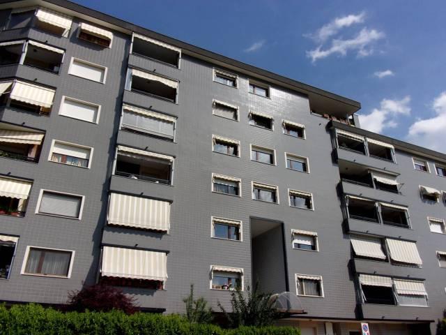 Appartamento in vendita a Venaria Reale, 5 locali, prezzo € 240.000 | Cambio Casa.it
