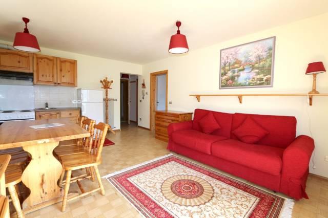 Appartamento in ottime condizioni arredato in vendita Rif. 4265516