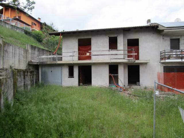 Villa in Vendita a Gargallo