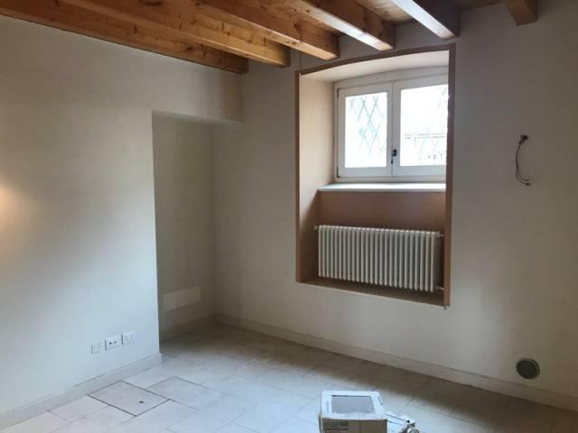 Appartamento in Vendita a Alzano Lombardo