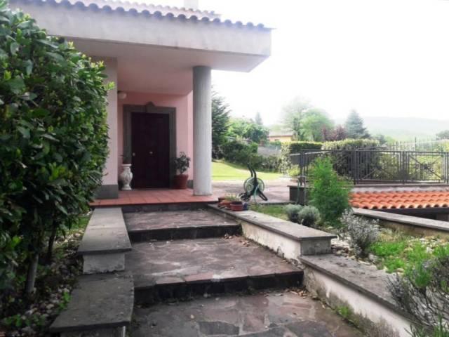 Villa in affitto a Nemi, 6 locali, prezzo € 1.900   Cambio Casa.it