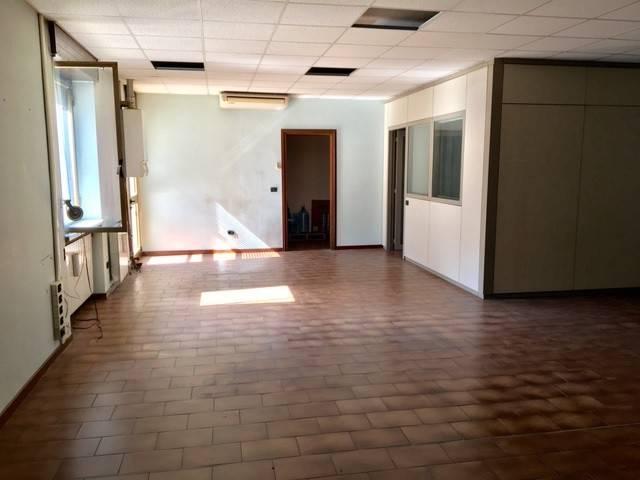 Ufficio / Studio in affitto a Villa Carcina, 1 locali, prezzo € 490 | PortaleAgenzieImmobiliari.it